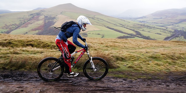[11'01'01 HopeBrinks+HopeX+HaggTor+Gores DSC00700 JR - Mountain Biking Peak District - Hope Brink, Lose Hill]
