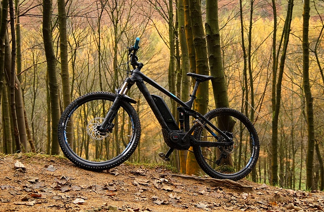 Trek Powerfly FS 7, Hope Cross