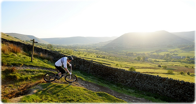 [ Peak District Mountain Biking ]